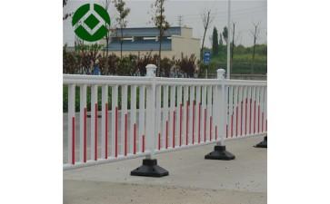 施工安全防护栏_现货供应市政隔离护栏 道路交通施工安全防护栏 锌钢市政围栏-- 安平县众加交通安全设施有限公司